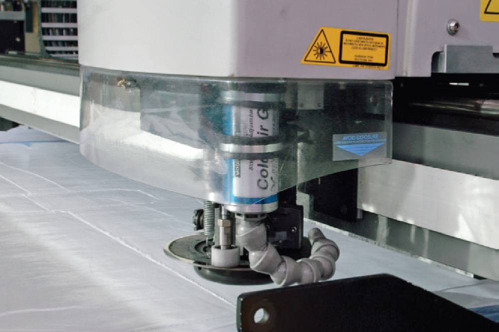 GERBER XLc7000 Cutter - Get the most from your cutting system.